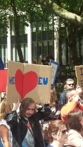 "Manifestanti a Londra, ""We love EU"""