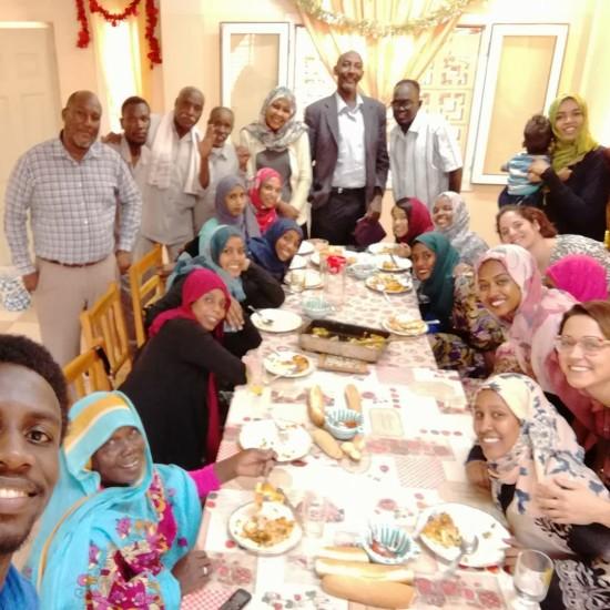 Momenti di convivialità con lo staff locale per festeggiare l'arrivo del 2018.