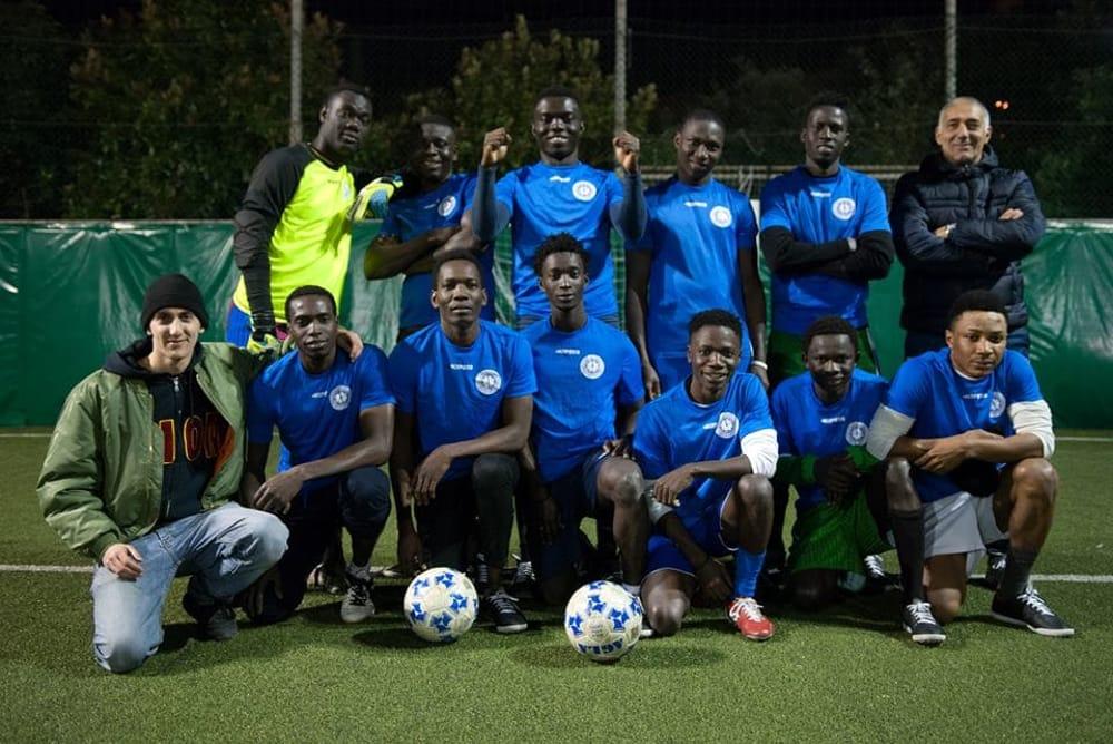 squadra_calcio-migranti_ceis